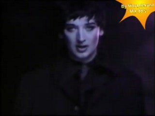Boy George - El juego de las lagrimas-(The Crying game)-(VideoClip By Maverickano-Buenos Aires-Argentina).