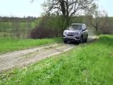 2017 Honda Pilot Elite AWD Driving Video in Grey Trailer